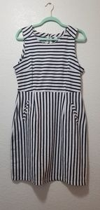 Old Navy Stripe Zipper Dress